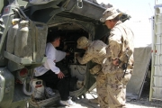 2007 Afghanistan – Checking out the Hardware